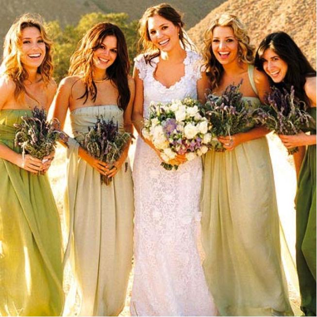 Glamorous and elegant wedding dress