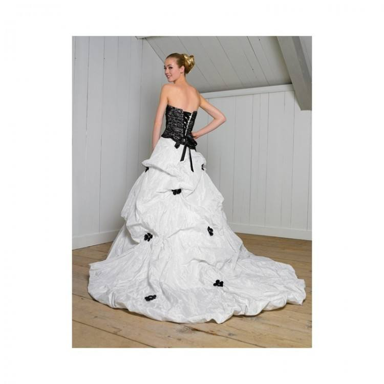 Online Buy Wholesale black lace overlay wedding dress from China