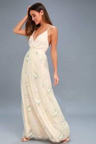 Casual Wedding Dresses For Summer Of Fascinating Wedding Dress Designers