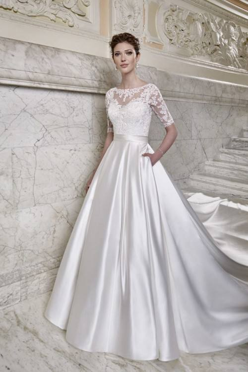 Elegant Halted Neckline Mermaid Wedding Dress Lace Appliqued Beaded Sequins  Fitted Backless Tulle Fish Trail Sweep Train Bridal Gowns BO8263 Dress  Dresses