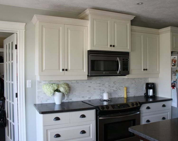 Backsplash With White Cabinets And Black Countertops Kitchen Ideas Black Granite  White Cabinets White Kitchen Cabinets Black Granite White Kitchen White