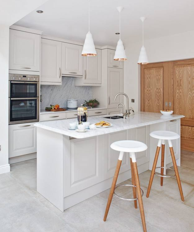 DO YOU KNOW ABOUT THE DIFFERENT TYPES OF CORNER CABINETS