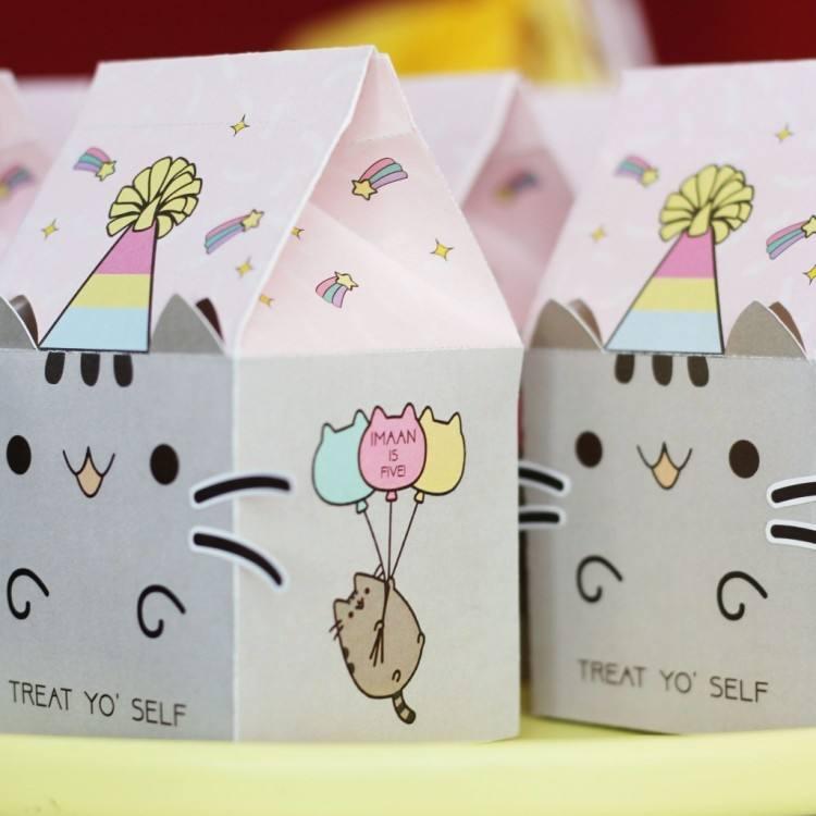 Color: Cat Party Supplies