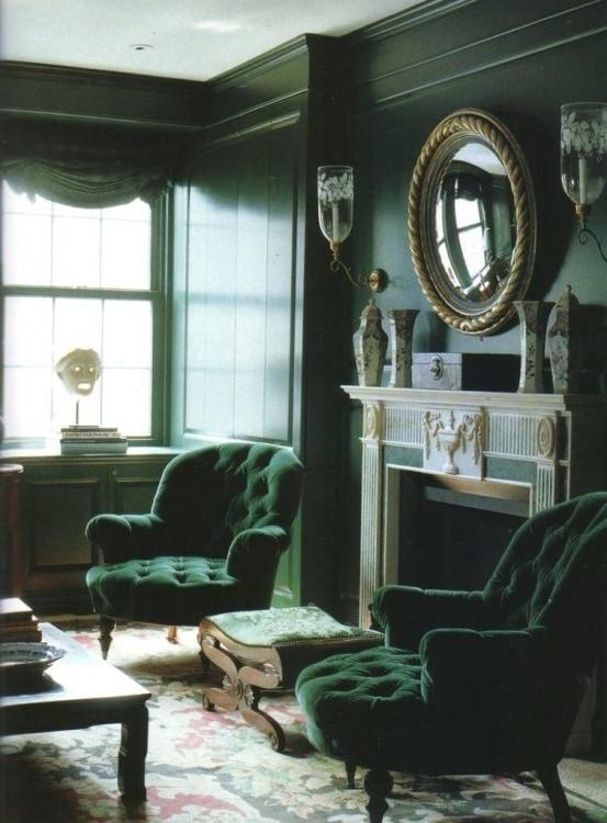 green carpet in bedroom