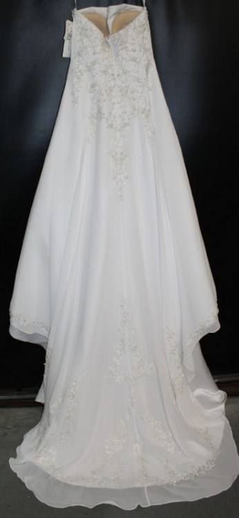 BHLDN 'Reagan' size 4 used wedding dress front view