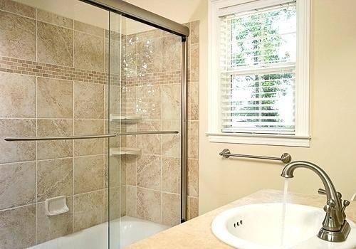 bathroom decor small space